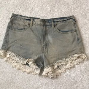 Free people lace jean shorts size 27
